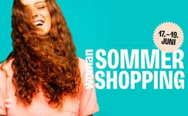 Woman Summer Shopping days
